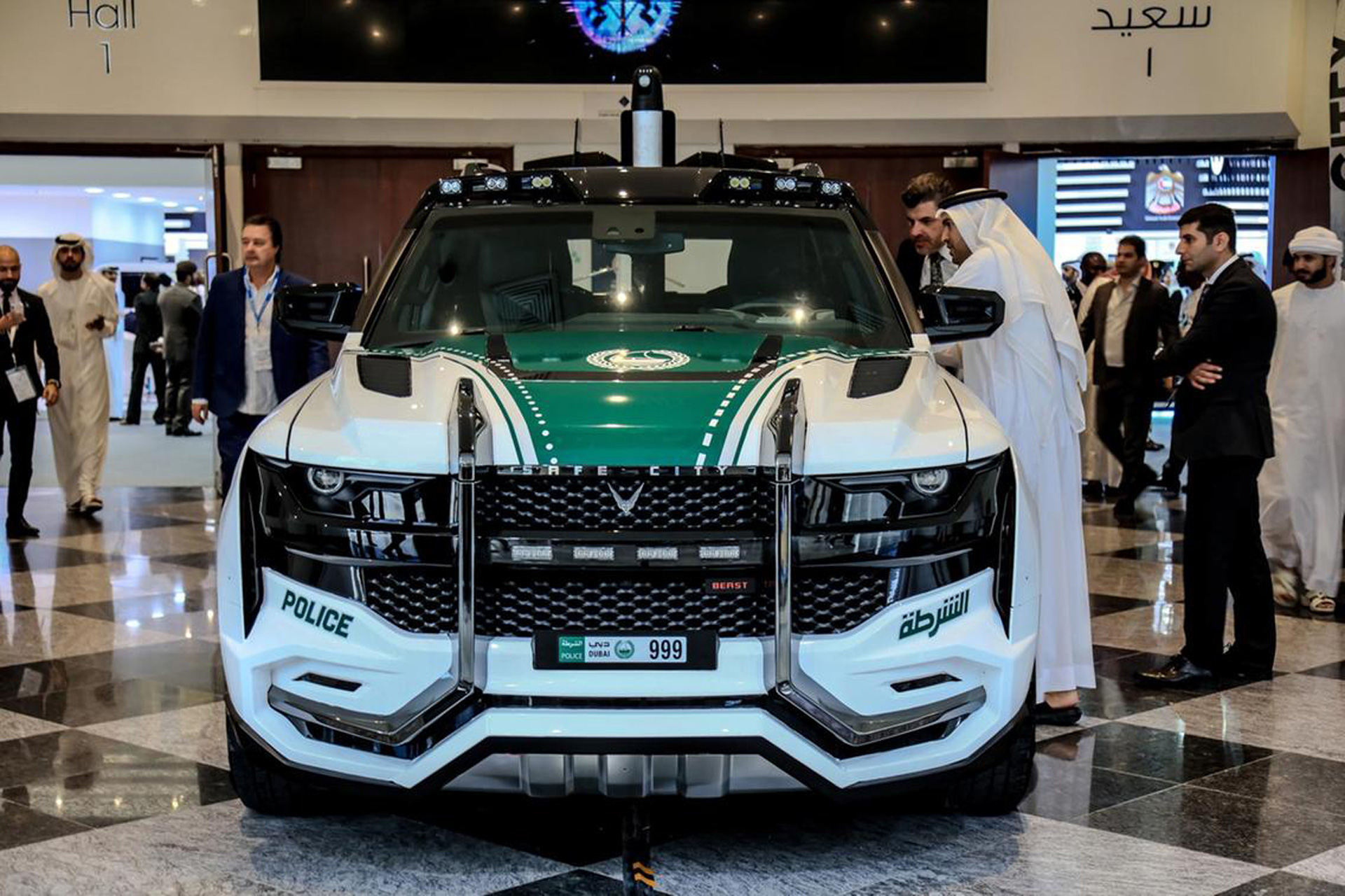 Beast Patrol Dubai Police Reveal Epic New Vehicle Dubai Police Cars