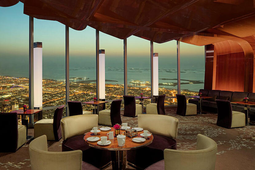 At Mosphere Restaurant Lounge Dubai Downtown Dubai Reviews Bar Lounge Bars Nightlife Time Out Dubai