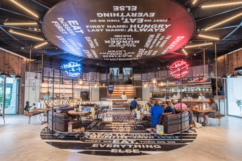 FIRST LOOK: Atlantis The Palm's new crazy burger joint Beach Buns    Restaurants   Time Out Dubai