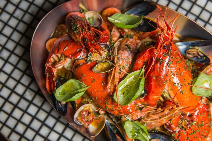 carine, best romantic restaurants in Dubai