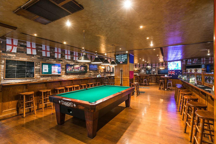 Crown and Lion, Best Sports Bars in Dubai 2020
