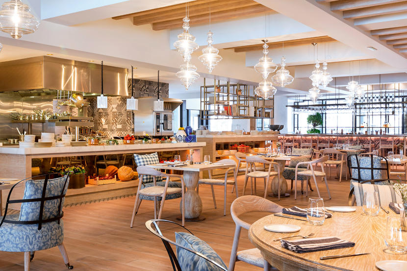 Bleu-Blanc,-Restaurants-in-Dubai's-Business-Bay.j