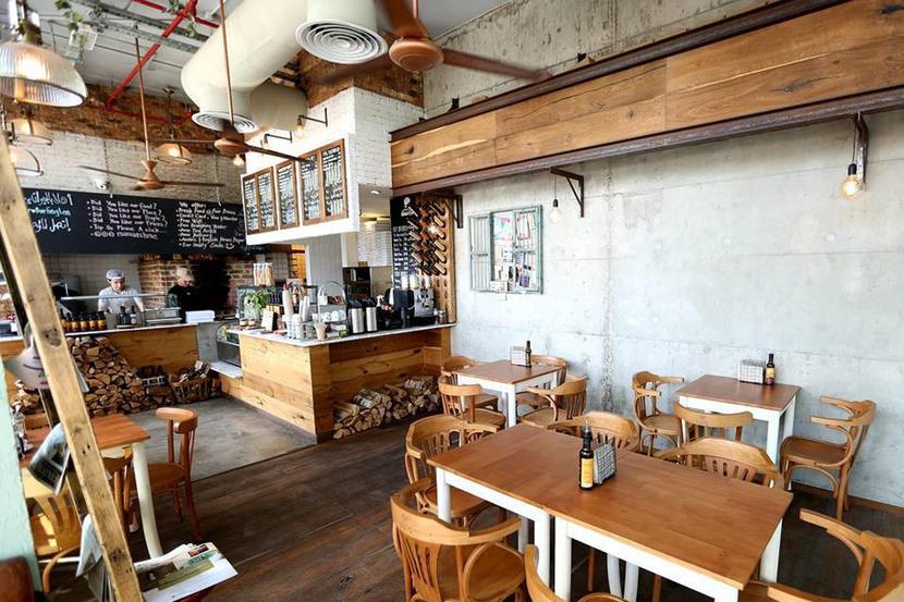 Mama'esh,-Restaurants-in-Dubai's-Business-Bay