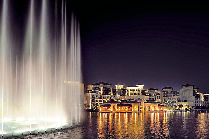 The Dubai Fountain, attractions and sights in Dubai