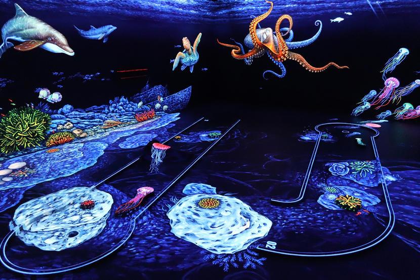 3D Blacklight Minigolf Dubai, fun things to do in dubai