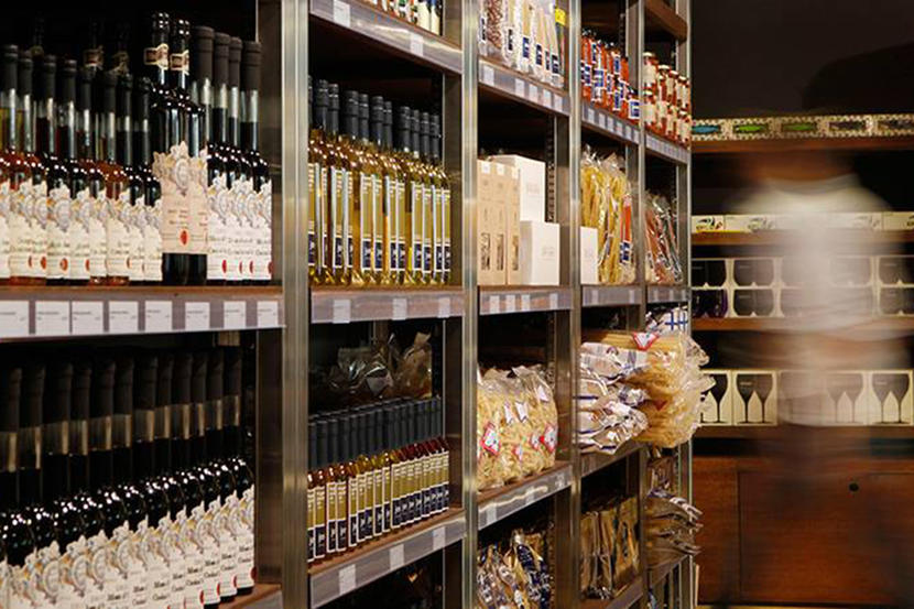 Top organic supermarkets in Dubai, Jones the Grocer