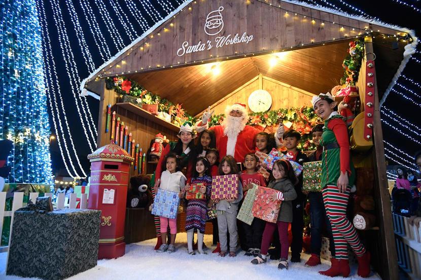https://www.timeoutdubai.com/public/styles/full_img_sml/public/images/2020/12/20/JLT-Park-Christmas-market.jpg?itok=6TiQlnv-