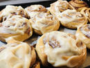 Bake: Cinnamon rolls Baker: Lanka Nejedla