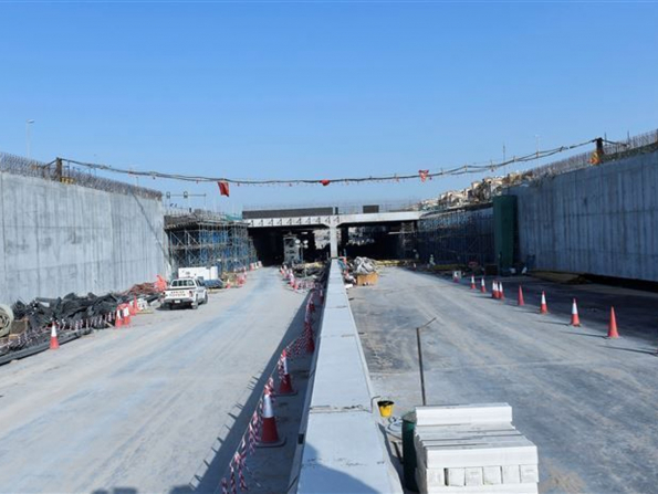 A brand-new road promises to ease traffic between Dubai and Sharjah