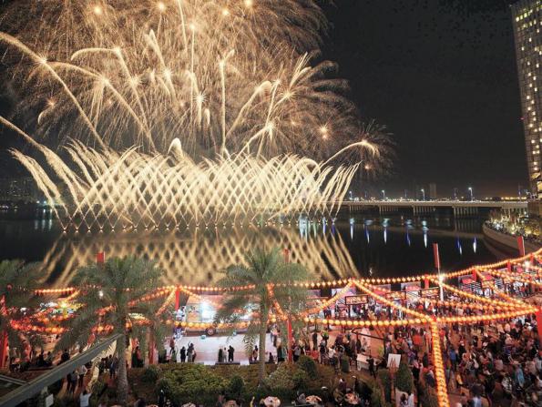 Huge Chinese New Year fireworks displays in Dubai this week