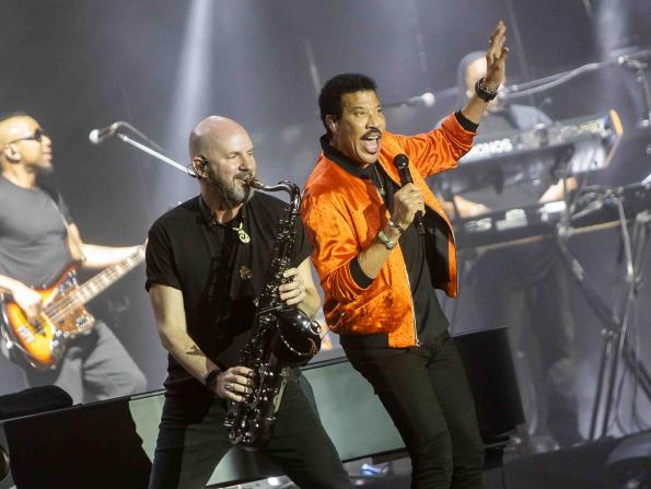 Reviewed: Lionel Richie at Dubai Jazz Festival