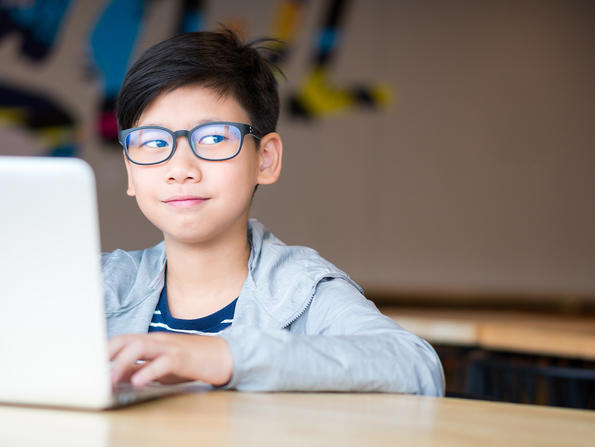 A complete daily schedule of free online fun for kids of all ages in the UAE