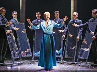 REVIEWED: Evita at Dubai Opera