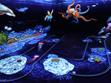 Win a 3D glow-in-the-dark mini-golf experience in Dubai