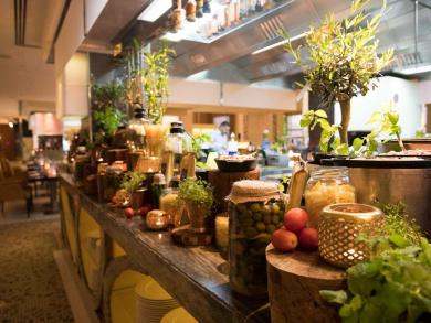 Summer deal 2019: Bangkok night market at Spice Emporium