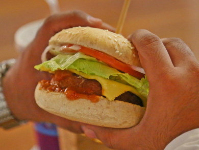 Another UAE restaurant launches a delicious looking vegan burger
