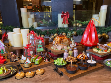 A festive season with Rotana: Christmas and New Year's offers, room packages and festive goodies