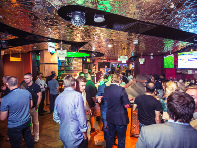 Get a free drink with your Omega Dubai Desert Classic 2020 lanyard at these Dubai bars