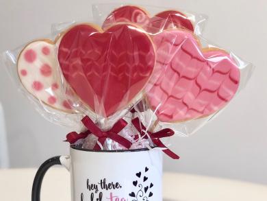 Valentine's Day 2020: Three sweet treats to gift mum