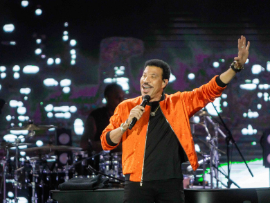 Lionel Richie at Emirates Airline Dubai Jazz Festival