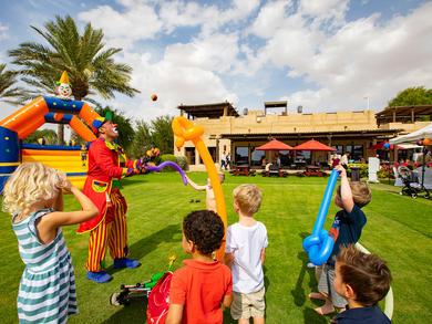 Reviewed: Friday Garden Brunch at Bab Al Shams