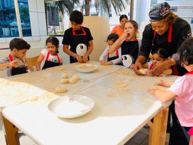 Ka'ak Al Manara launches a family-friendly weekend feast