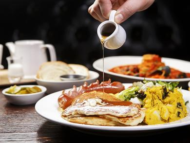 How to have an all-out DIY Dubai brunch at home