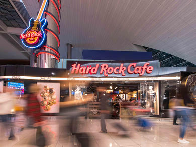 Bars in Concourse B, Terminal 3 at Dubai International Airport