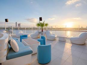 Cielo-Sky-Lounge.jpg