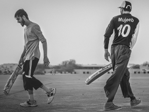 Win free air tickets in cricket photography contest