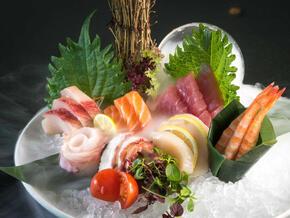 Izakaya---Sashimi.jpg