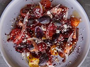 LOWE_Heritage-Tomato-Salad_5.jpg