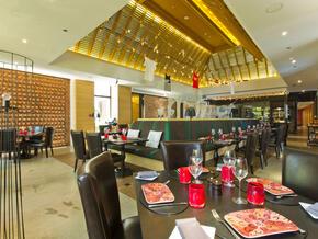Bushman's-Restaurant-and-Bar.jpg
