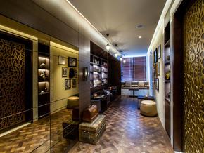 G&T-Club-Lounge-(4).jpg