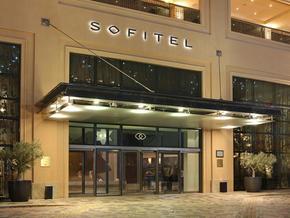 Sofitel-Dubai-Jumeirah-Beach-hotel.jpg